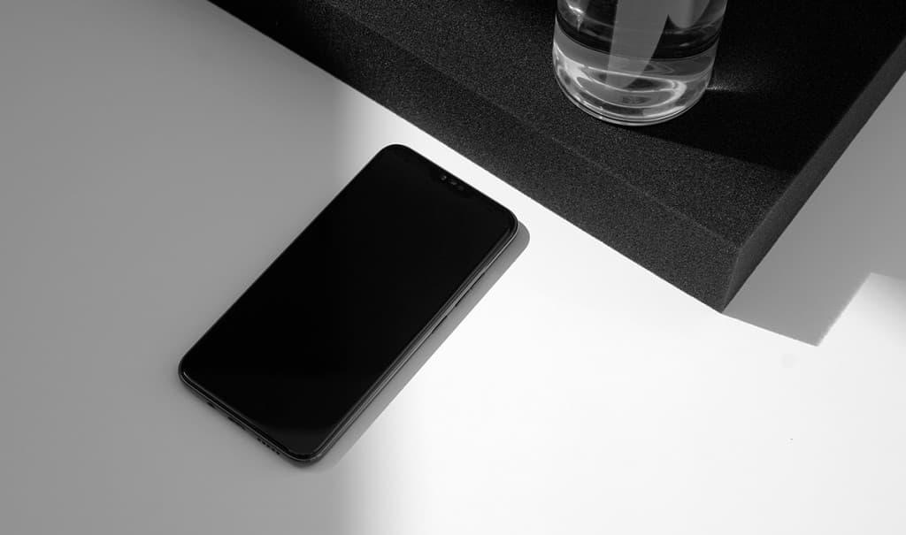 BLLOC Zero18, un smartphone distinto.