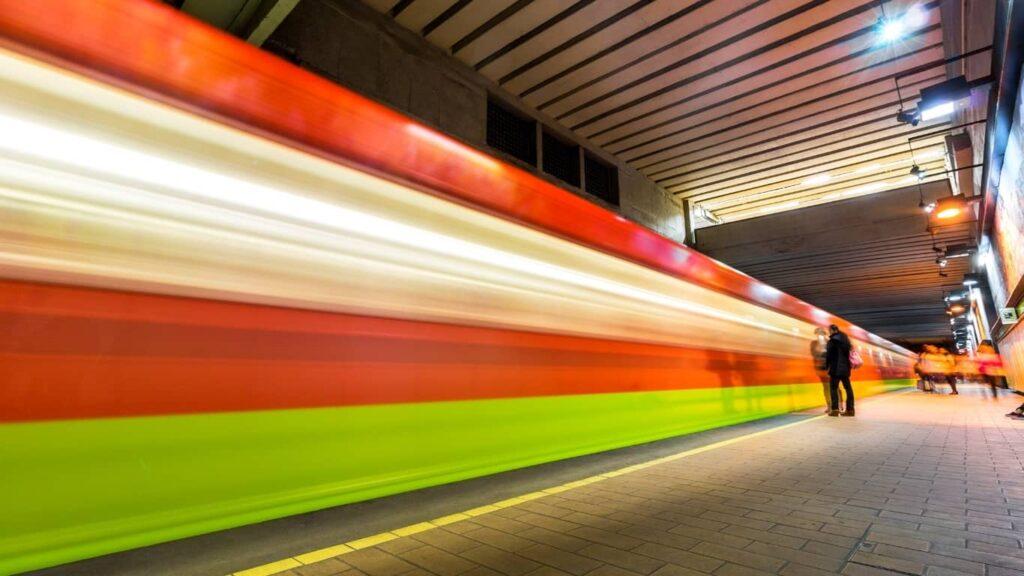 El Metro de la CDMX ya tiene 52 años operando.