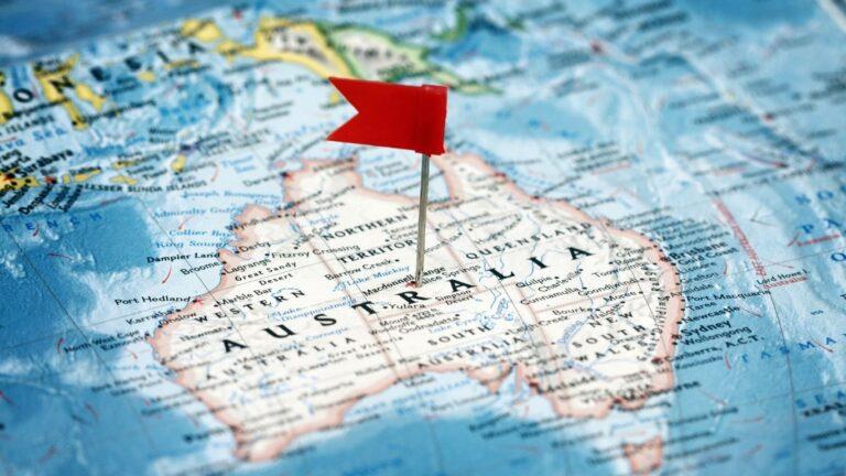 Australia y covid-19: nadie entra o sale hasta que vacunen a todos