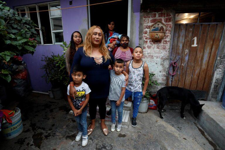 Oyuki, la madre trans de seis hijos que rompe estereotipos